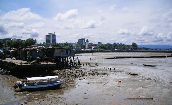 Buenaventura waterfront at low tide