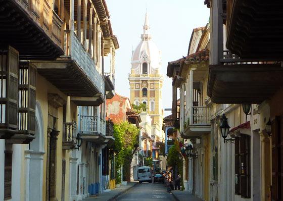 View along Calle Don Sancho, Cartagena