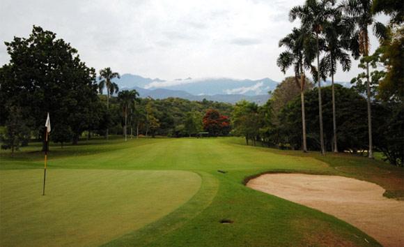 Golf course at Club Campestre Cali