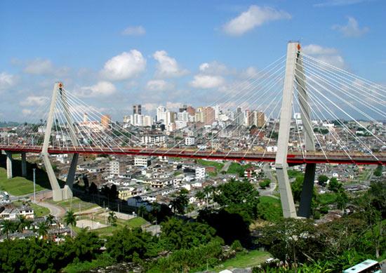 César Gaviria Trujillo Viaduct with the Perira skyline