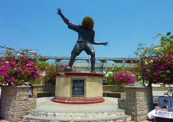 Statue of Carlos Valderrama