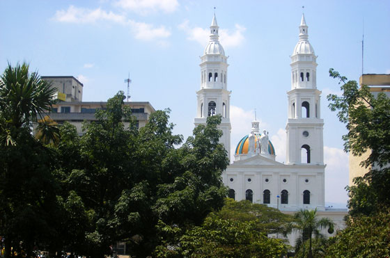 Catedral de La Sagrada Familia on Parque Santander, Bucaramanga