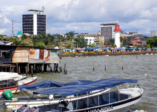Buenaventura seafront at high tide