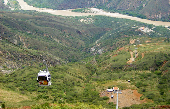 The Chicamocha Park's cable car system