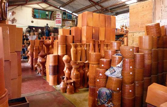 Ceramics workshop, Raquira